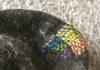 半端な刺繍糸でカラフルにタイツをダーニング。色選びのコツってあるの?