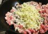 新鮮豚ミンチとたっぷりあられ土生姜で肉みそ♪ごはんにもビールにも麺にもバッチリ!