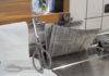 脱プラ。スーパーの肉や魚用ロールポリ袋使わず。新聞紙を3回たたんで生ゴミちょい置きが便利♪